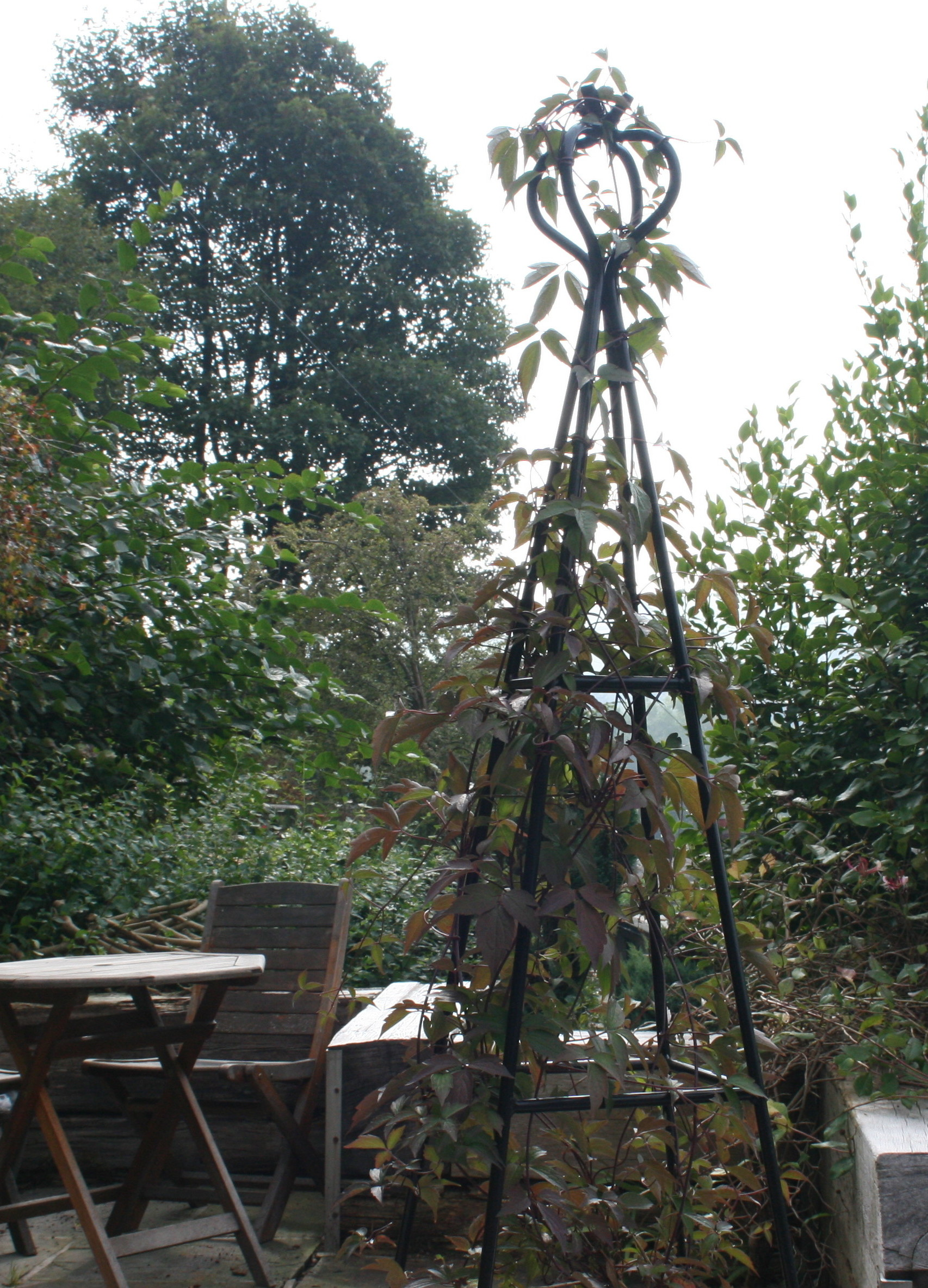 Obelisks Garden Features Ideas